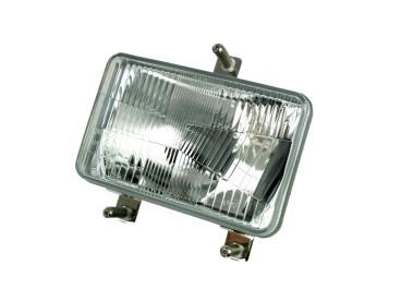 LAMPA PRZEDNIA MASSEY FERGUSON 3824711M92 3809345M91